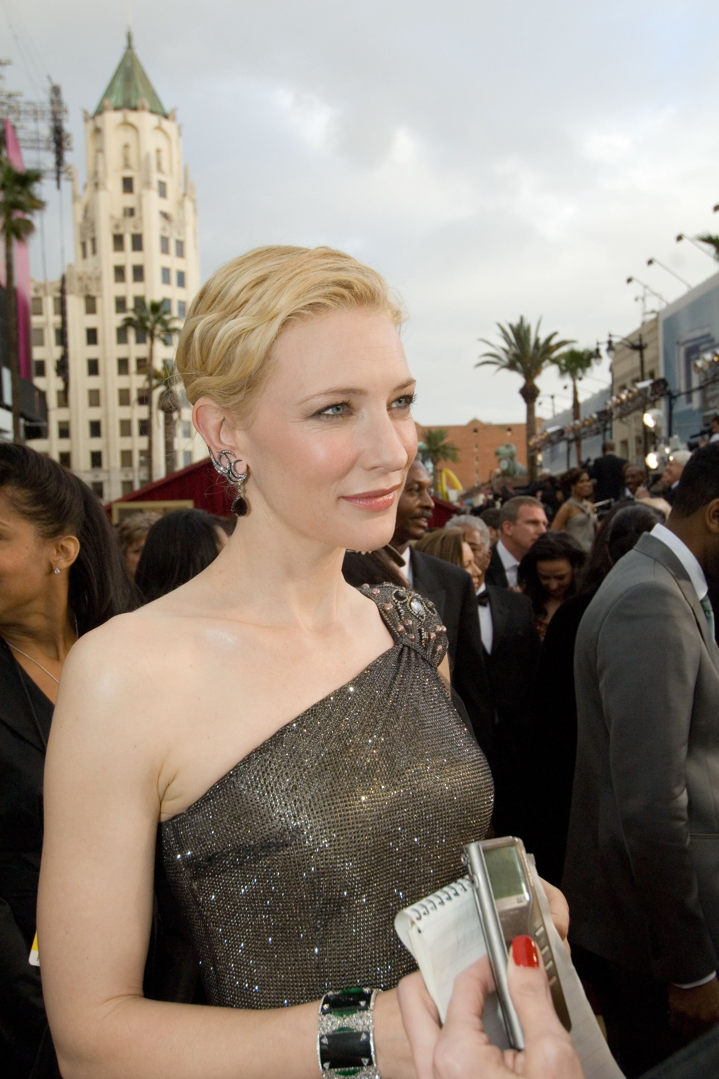 "Cate Blanchett, Academy Award nominee for Best Supporting Actress for her work in ""Notes on a Scandal,"" arrives."