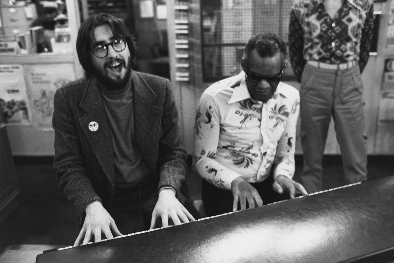 Director John Landis shares a musical moment with Ray Charles during the making of The Blues Brothers.
