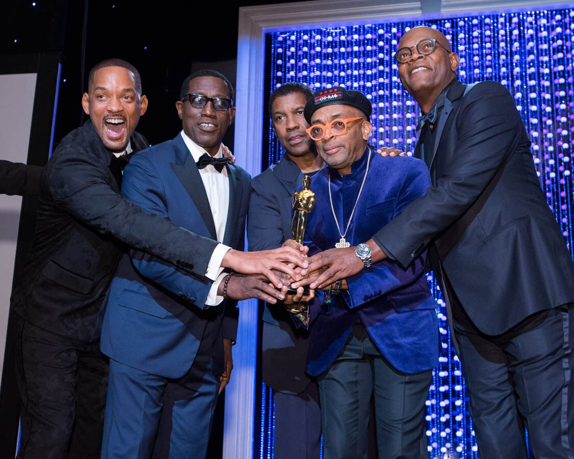 Actor Will Smith, Actor Wesley Snipes, Oscar®-nominated actor Samuel Jackson and Oscar-winning actor Denzel Washington present the Oscar to Honorary Award recipient Spike Lee at the 2015 Governors Awards