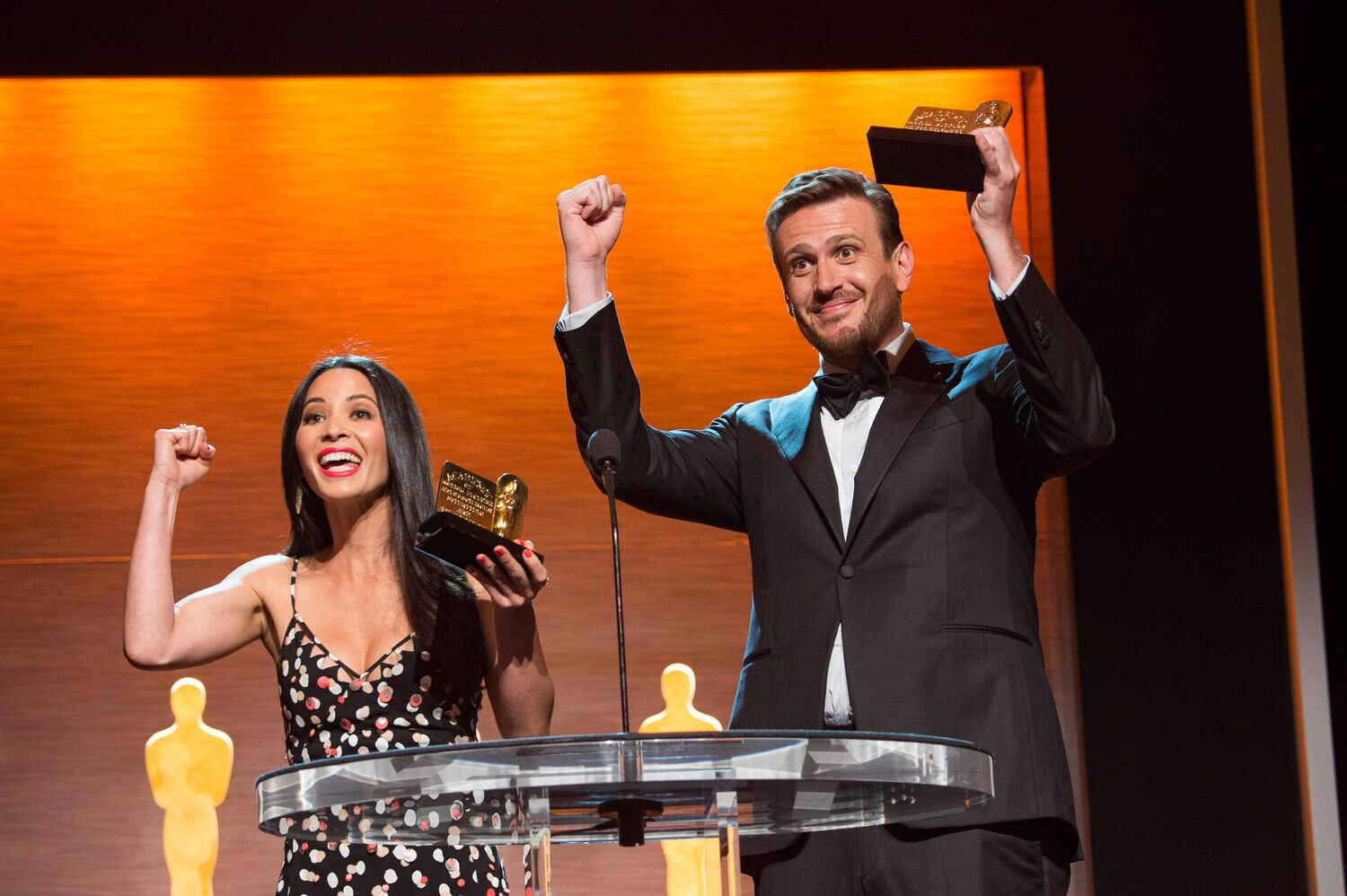 Hosts Olivia Munn and Jason Segel
