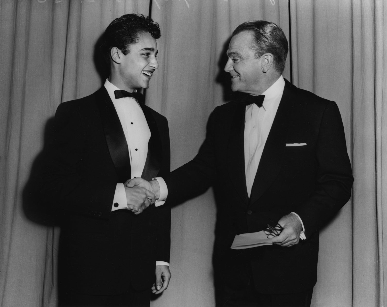 James Dean's costar in Rebel without a Cause was also nominated and greets James Cagney at the Academy Awards.
