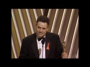 """Jonathan Demme winning the Oscar® for Directing """"The Silence of the Lambs"""""""
