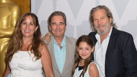 Beau & Jeff Bridges and family.